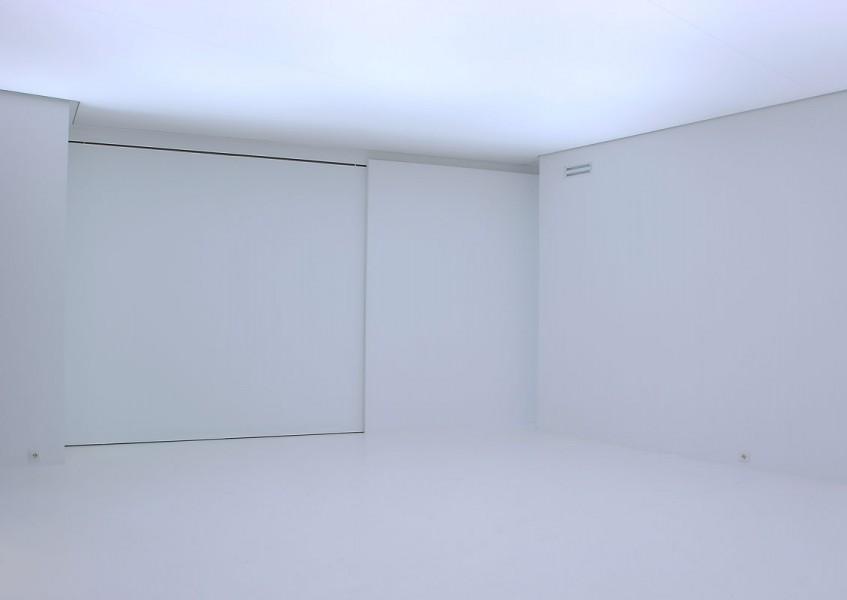 architectuur interieur galerie schuifwand wit