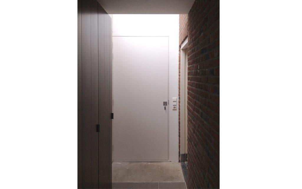 architectuur interieur detail deur wit binnen zicht